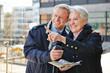 Paar mit Sightseeing im Kurzurlaub
