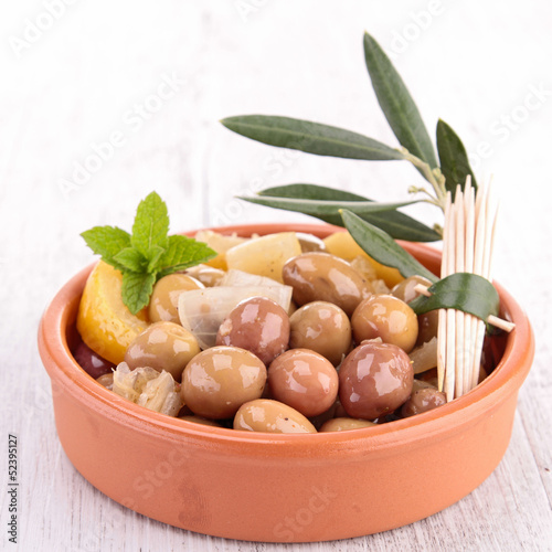 olives appetizer