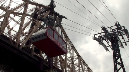 A new Roosevelt Island Tram car cableway in operation, NYC
