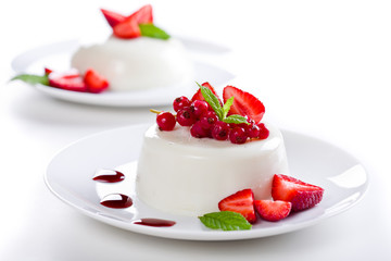 Red Fruits Panna Cotta