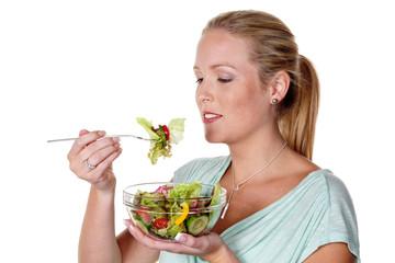 Frau mit Salat