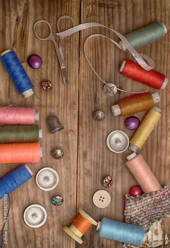 Постер, плакат: Инструменты мастера по ремонту одежды, холст на подрамнике