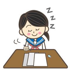 セーラー服の学生 居眠り