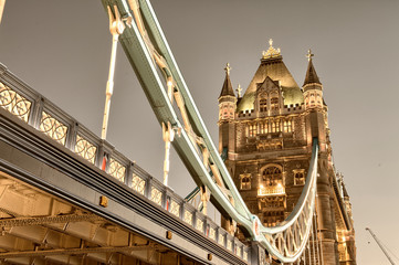 Stunning view of famous Tower Bridge in the evening - London