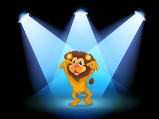 A scary lion at the center of the stage