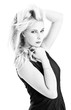 Blonde Traumfrau - Schwarz Weiß Fotografie - Portrait
