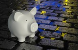 Piggy bank -  Euro reflection