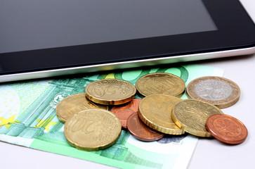 Tablet mit euro geld
