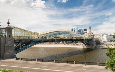 Bogdan Khmelnitsky bridge near the Kievsky railway station in Mo
