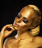 Fototapety Stage. Theater. Woman in her Dreams. Golden Color. Jewelry