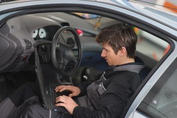 Repairing Car with computer / Car diagnostic