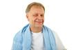 Mann mit Handtuch