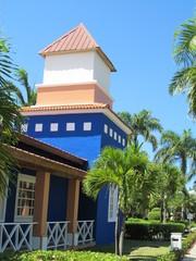 la torre azul en las casas del pueblito
