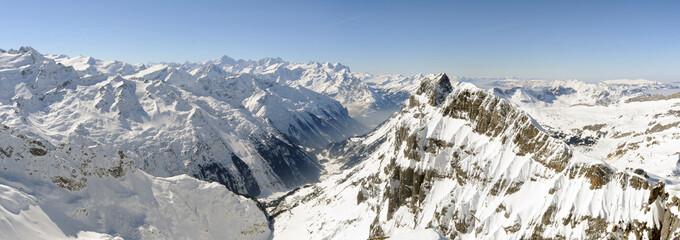 Vista che si gode dal Titlis sulle alpi svizzere