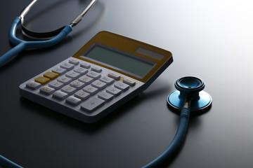聴診器と電卓