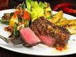 Steak mit Kartoffeln und Bohnen