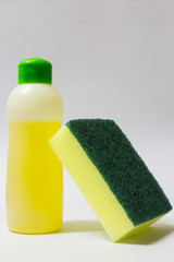Dishwashing liquid and sponge