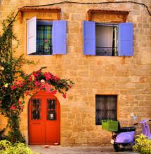 Maison en pierre dans la vieille ville de Rhodes, Grèce