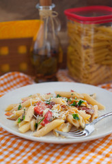 Pasta peperonata - pasta with bell pepper