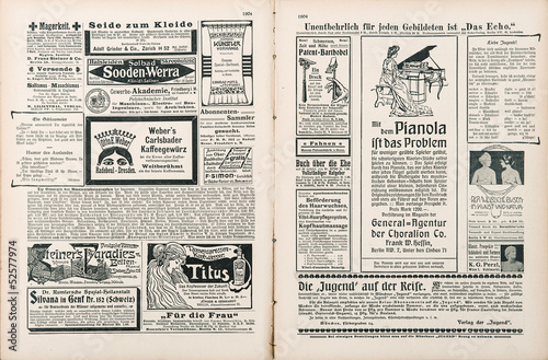 Keuken foto achterwand Kranten newspaper page with antique advertisement