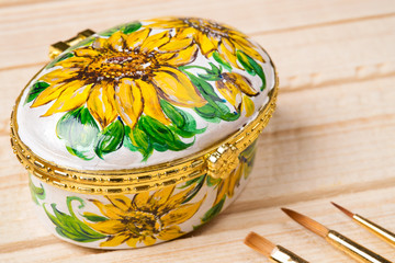 Art painting on ceramics - flowers