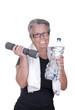Femme âgée en train de faire du sport.