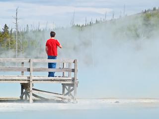 Touristes dans le parc de Yellowstone
