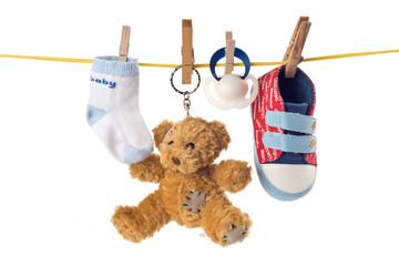 Babyspielzeug an Leine