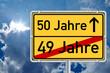 Ortsschild Wegweiser 50 Jahre