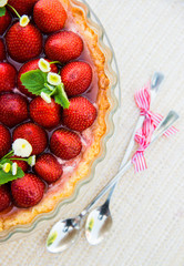strawberry pie decoration