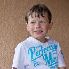 Portrait d'un jeune garçon (été - 8 ans)