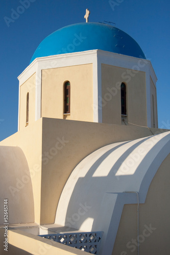 Blue dome of Agios Giorgios church in Oia