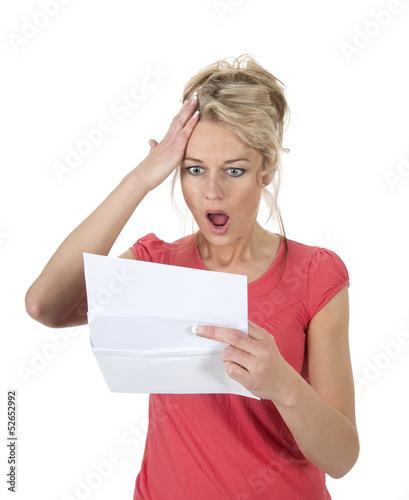 canvas print picture Frau liest schlechte Nachricht