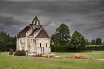 Valle Loira - chiesa di campagna