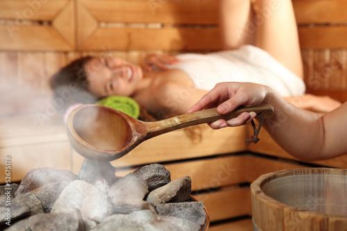 Leinwanddruck Bild Saunasaufguss