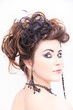 junge Frau mit Extrem Make up