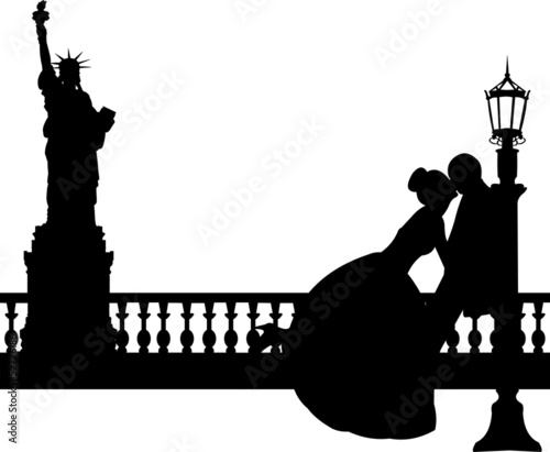Wedding couple in New York silhouette