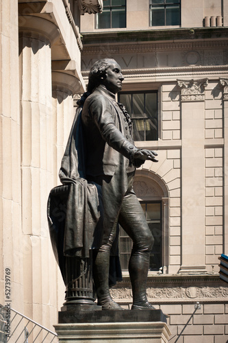 George Washington statue at Wall Street, New york City.