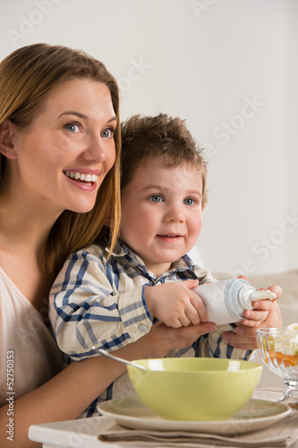Child on breakfast