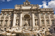 Leinwanddruck Bild - Rome Trevi Fountain sunny view