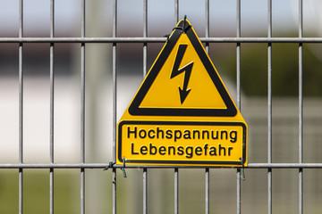 Hochspannung © Matthias Buehner
