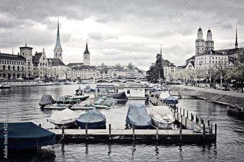 Stadtbild decoloriert - Zürich - 52783533