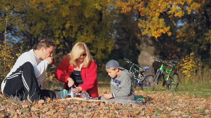 active recreation, picnic, happy family, autumn walk