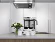 stoviglie sul piano di lavoro di una cucina moderna