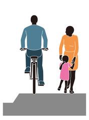 歩行者無視の歩道走行する自転車