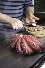 Cutting octopus
