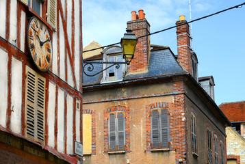 Historische Gebäude in Joigny / Burgund, Frankreich