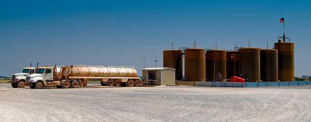 OIL TRUCKS UNLOADING