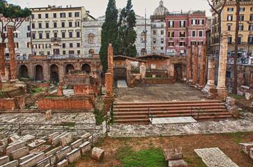 Roma, largo di Torre Argentina, veduta