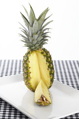 Angeschnittene Ananas